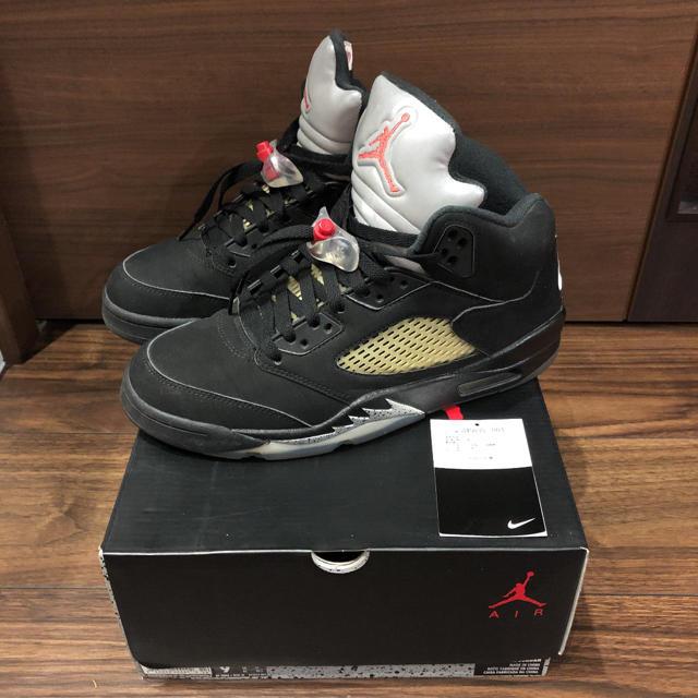 NIKE(ナイキ)のエアジョーダン 5 RETRO OG 黒銀 メンズの靴/シューズ(スニーカー)の商品写真