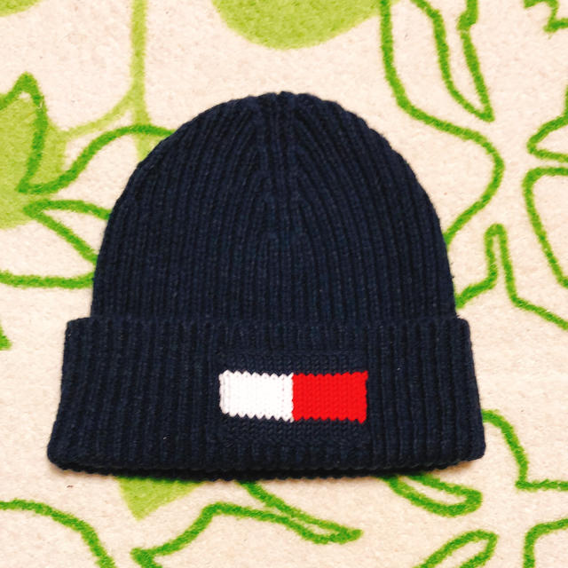 TOMMY HILFIGER(トミーヒルフィガー)のTOMMY HILFIGER ニット帽 レディースの帽子(ニット帽/ビーニー)の商品写真