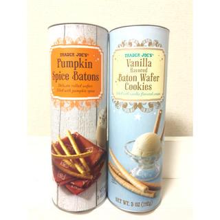 Trader Joe's バニラバトン&パンプキンスパイス バトン トレジョ(菓子/デザート)