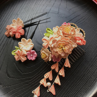 つまみ細工 髪飾り(正絹) 八重桜(ヘアアクセサリー)