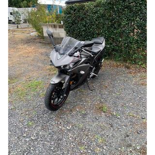 ヤマハ YZF-R25   バイク