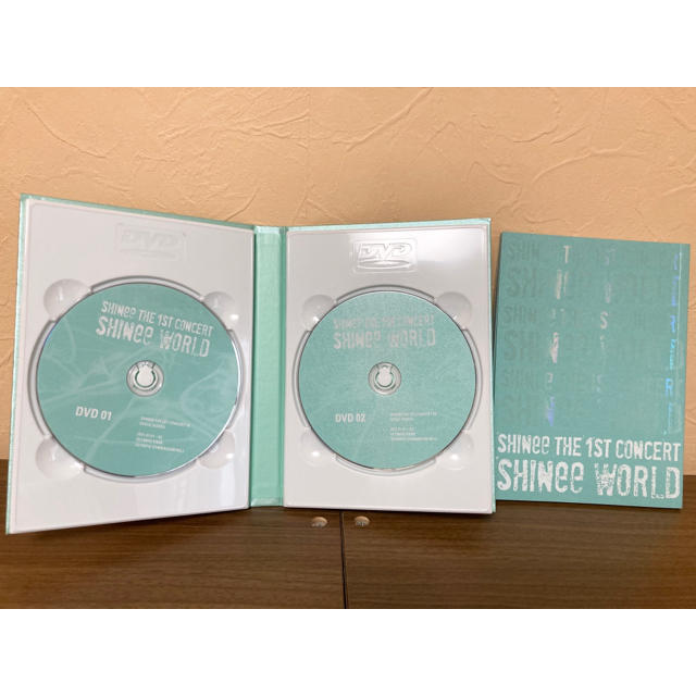 SHINee(シャイニー)の【美品】SHINee 1st concert & LUCHFER エンタメ/ホビーのCD(K-POP/アジア)の商品写真