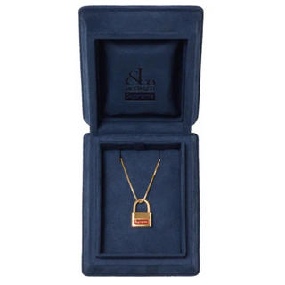 Supreme - Supreme Jacob & Co 14K Gold Lock Pendant