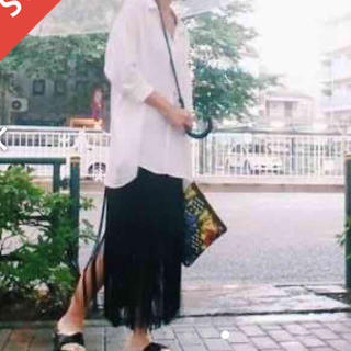 ムルーア(MURUA)の新品タグ付き完売商品フリンジスカート(ロングスカート)