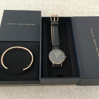 Daniel Wellington - DW 腕時計 CLASSIC 32MM バングルセット DW 時計