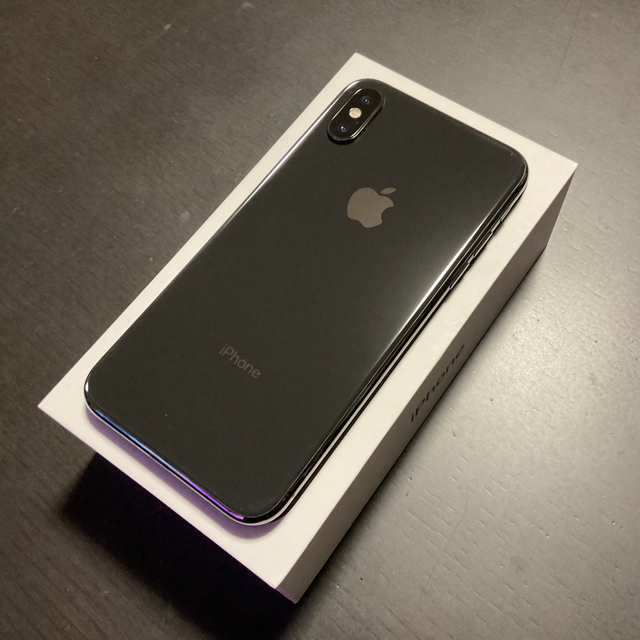 iPhone(アイフォーン)のiPhone X 256GB SIMフリー スマホ/家電/カメラのスマートフォン/携帯電話(スマートフォン本体)の商品写真