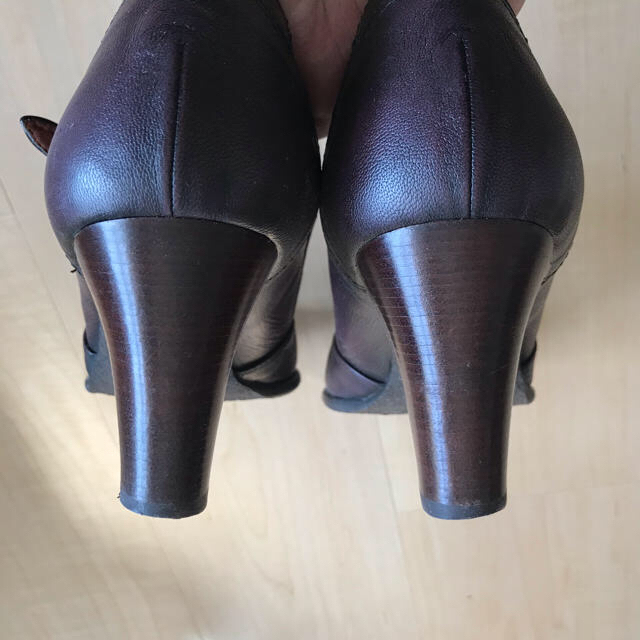 cavacava(サヴァサヴァ)のサヴァサヴァ cava cava Tストラップ パンプス 靴 本革 レディースの靴/シューズ(ハイヒール/パンプス)の商品写真