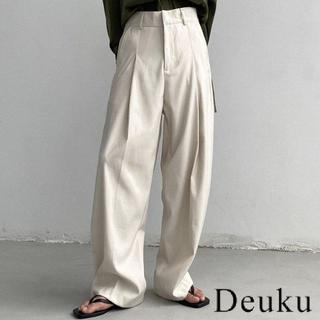 HARE - Deuku White Slacks 韓国