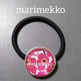 マリメッコ(marimekko)のmarimekko ウニッコ 赤 ヘアゴム(ヘアアクセサリー)