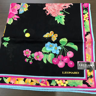 LEONARD - レオナール 新品ハンカチ ハンカチーフ 大判