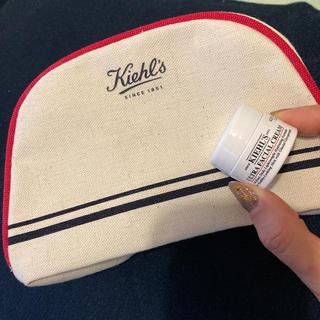 キールズ(Kiehl's)の【新品未使用】キールズ ポーチ & クリーム(サンプル/トライアルキット)