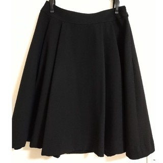 ファビュラスアンジェラ(Fabulous Angela)のシンプル黒スカート(ひざ丈スカート)