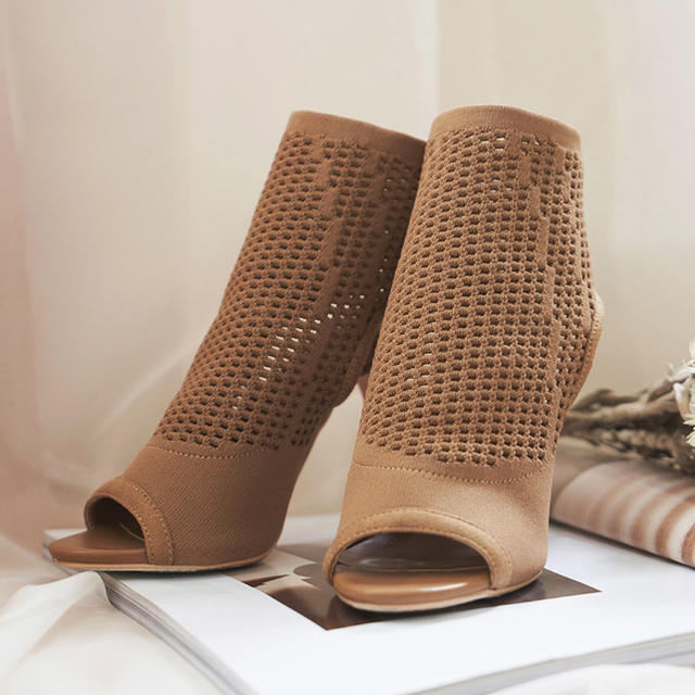 eimy istoire(エイミーイストワール)のdarich ダーリッチ ニットブーティー レディースの靴/シューズ(ブーティ)の商品写真