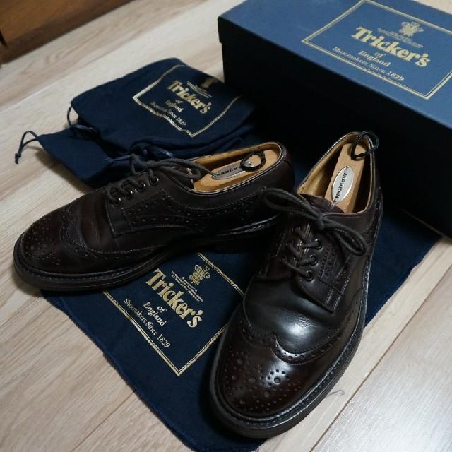 Trickers(トリッカーズ)のトリッカーズ(Tricker's)ジャーナルスタンダード別注ウイングチップ メンズの靴/シューズ(ドレス/ビジネス)の商品写真
