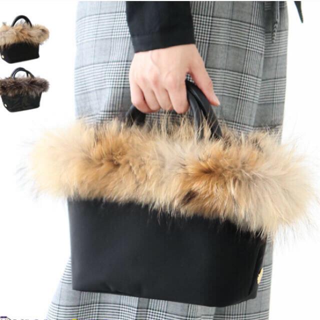 Drawer(ドゥロワー)のヴィオラドーロ スタニング ファーバックrosy obli yori cen  レディースのバッグ(トートバッグ)の商品写真