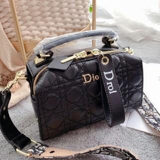 Dior - ??限定価格?ディオールDior ミニマンマバッグ