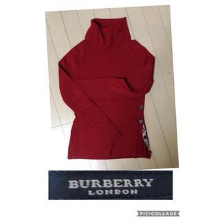 バーバリー(BURBERRY)のBurberry 赤タートルニット(ニット/セーター)