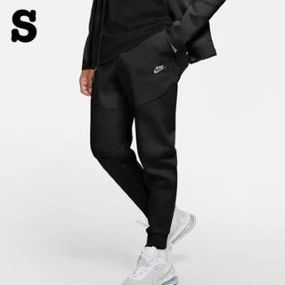 NIKE - NIKE テックフリース スリム ジョガーパンツ 黒 S 新品未使用