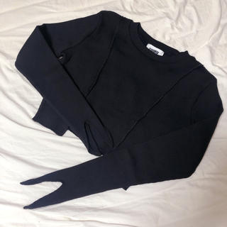 VIAVANDA V Cut Rib Tops / BLACK(ニット/セーター)