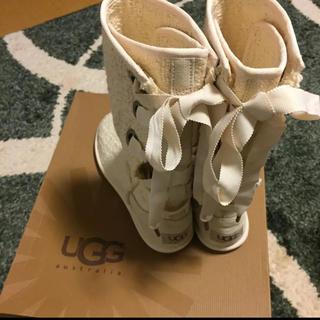 アグ(UGG)の新品未使用 UGG レースアップブーツ 白(ブーツ)