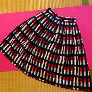韓国ブランド リップスティック柄タックフレアスカート(ひざ丈スカート)