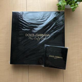 DOLCE&GABBANA - 【新品・未使用】ドルチェ&ガッバーナビューティー トリオポーチとオリジナルミラー