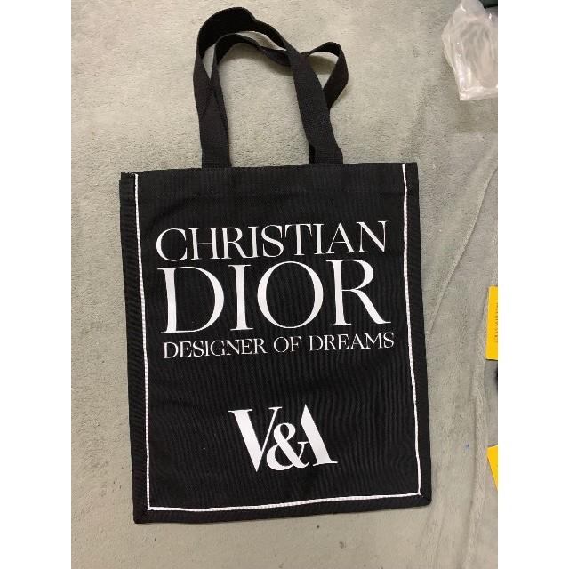 Dior(ディオール)のラスト1点 イギリス限定 Diorヴィクトリア&アルバート美術館トート レディースのバッグ(トートバッグ)の商品写真
