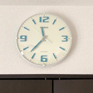 カシオ(CASIO)のCASIO 光る掛け時計 ウェーブセプターホワイト 電波自動受信機能有(掛時計/柱時計)