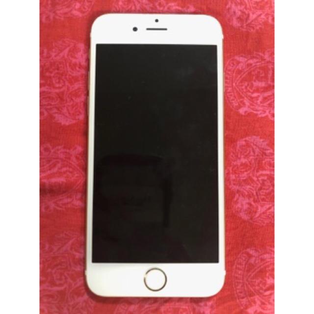 Apple(アップル)のiPhone6s SIMフリー スマホ/家電/カメラのスマートフォン/携帯電話(スマートフォン本体)の商品写真