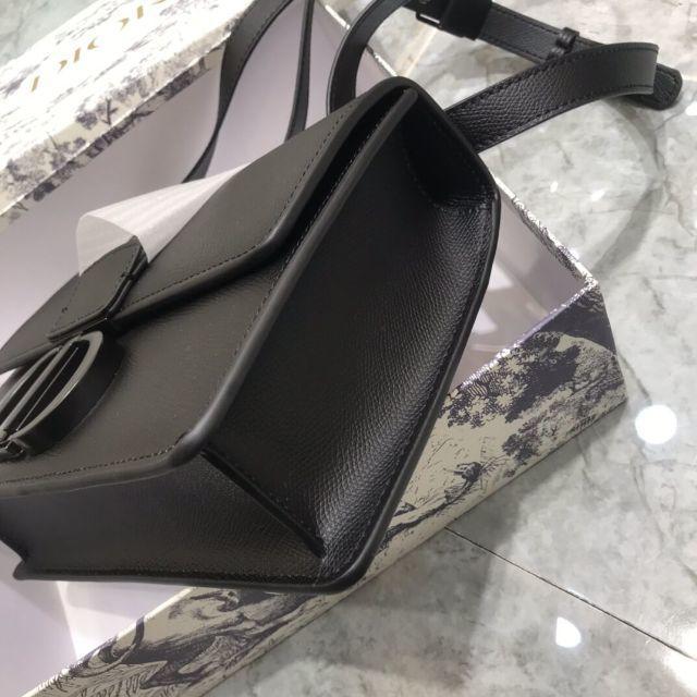 Christian Dior(クリスチャンディオール)のDior ディオール オブリーク ボックス 30 モンテーニュ メンズのバッグ(トートバッグ)の商品写真
