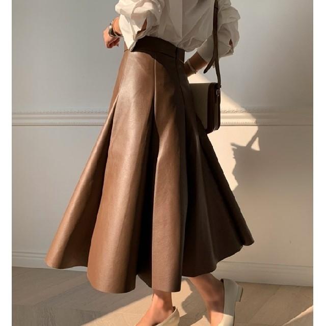 フェイクレザー スカート フレアー PU【2カラー3サイズ】 レディースのスカート(ロングスカート)の商品写真
