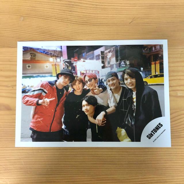Johnny's(ジャニーズ)のSixTONES 公式写真 台湾 エンタメ/ホビーのタレントグッズ(アイドルグッズ)の商品写真