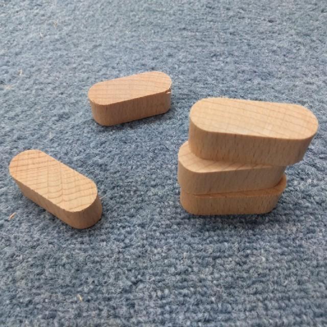 木片 廃材 80個 積み木 木のおもちゃ キッズ/ベビー/マタニティのおもちゃ(知育玩具)の商品写真
