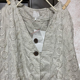 SM2 - TSUHARU 新品 花柄総刺繍コート