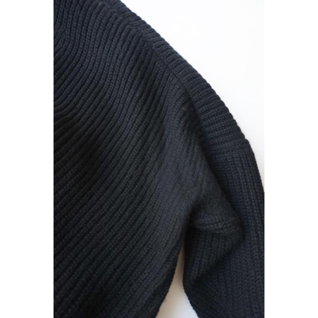 DEUXIEME CLASSE(ドゥーズィエムクラス)のDeuxieme Classe ウールカシミヤVネックニット ブラック レディースのトップス(ニット/セーター)の商品写真