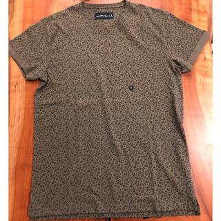 Abercrombie&Fitch - 【新品】アバクロ tシャツ Mサイズ アニマルカラー