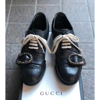 Gucci - GUCCI bee タイガーバックルシューズ