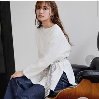 ミスティウーマン(mysty woman)のmisty woman ♡ サイドスリットチュニックTシャツ(シャツ/ブラウス(長袖/七分))