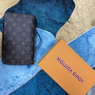 LOUIS VUITTON - louisvuitton  ルイヴィトン  クラッチバッグ   財布