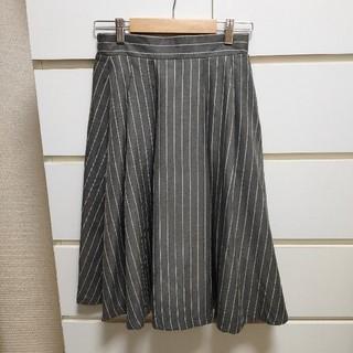 ローリーズファーム(LOWRYS FARM)のTRアソートガラミディスカート グレーストライプ(ひざ丈スカート)