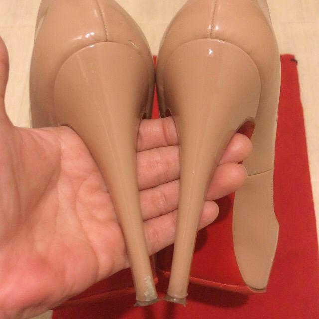 Christian Louboutin(クリスチャンルブタン)のChristian Louboutin/オープントゥー レディースの靴/シューズ(ハイヒール/パンプス)の商品写真