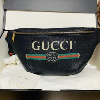 Gucci - 美品  GUCCI ボディバッグ ショルダーバッグ