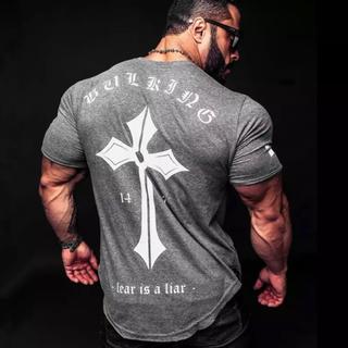 RVCA - マッチョが似合う  Tシャツ 即決のみ