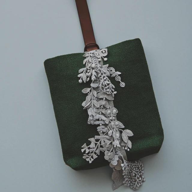 mina perhonen(ミナペルホネン)の専用【新品】ミナペルホネン forest parade  green レディースのバッグ(ハンドバッグ)の商品写真