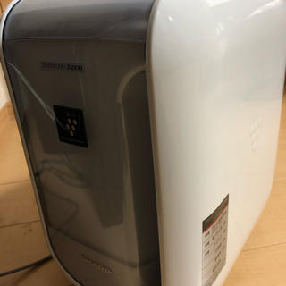 SHARP - iz-c75s プラズマクラスター 加湿器