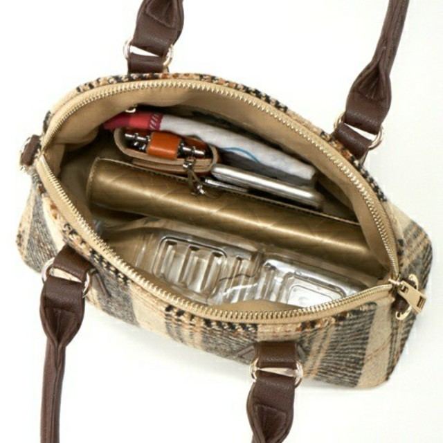 INGNI(イング)の【新品】INGNI  2WAY型/ハンドバッグ062426 レディースのバッグ(ハンドバッグ)の商品写真