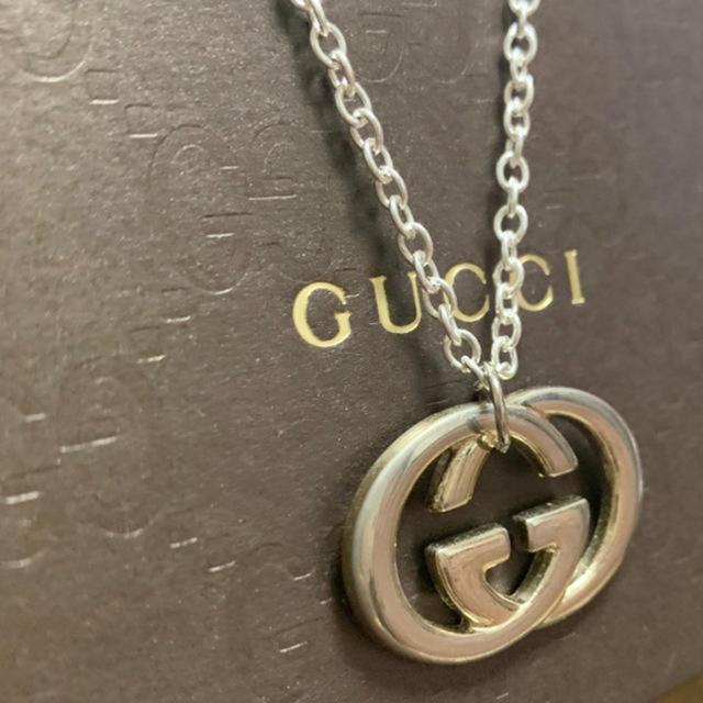 Gucci(グッチ)のGUCCIネックレスチャーム メンズのアクセサリー(ネックレス)の商品写真
