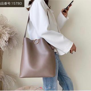 ディーホリック(dholic)のリュック 肩掛け カーキ 大きいバッグ レディース  韓国 通勤 通学 鞄(トートバッグ)