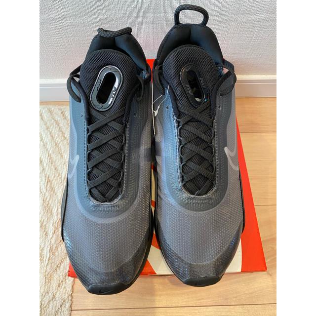 NIKE(ナイキ)のナイキ エアマックス2090 28.5cm ブラック✖️ブラック メンズの靴/シューズ(スニーカー)の商品写真