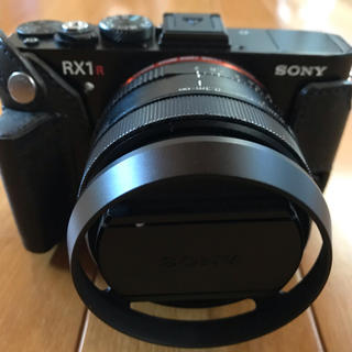SONY - sony RX1RM2 充電器、予備バッテリー、レンズフードカメラケース付き